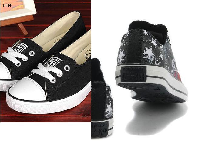 converse running sneakers